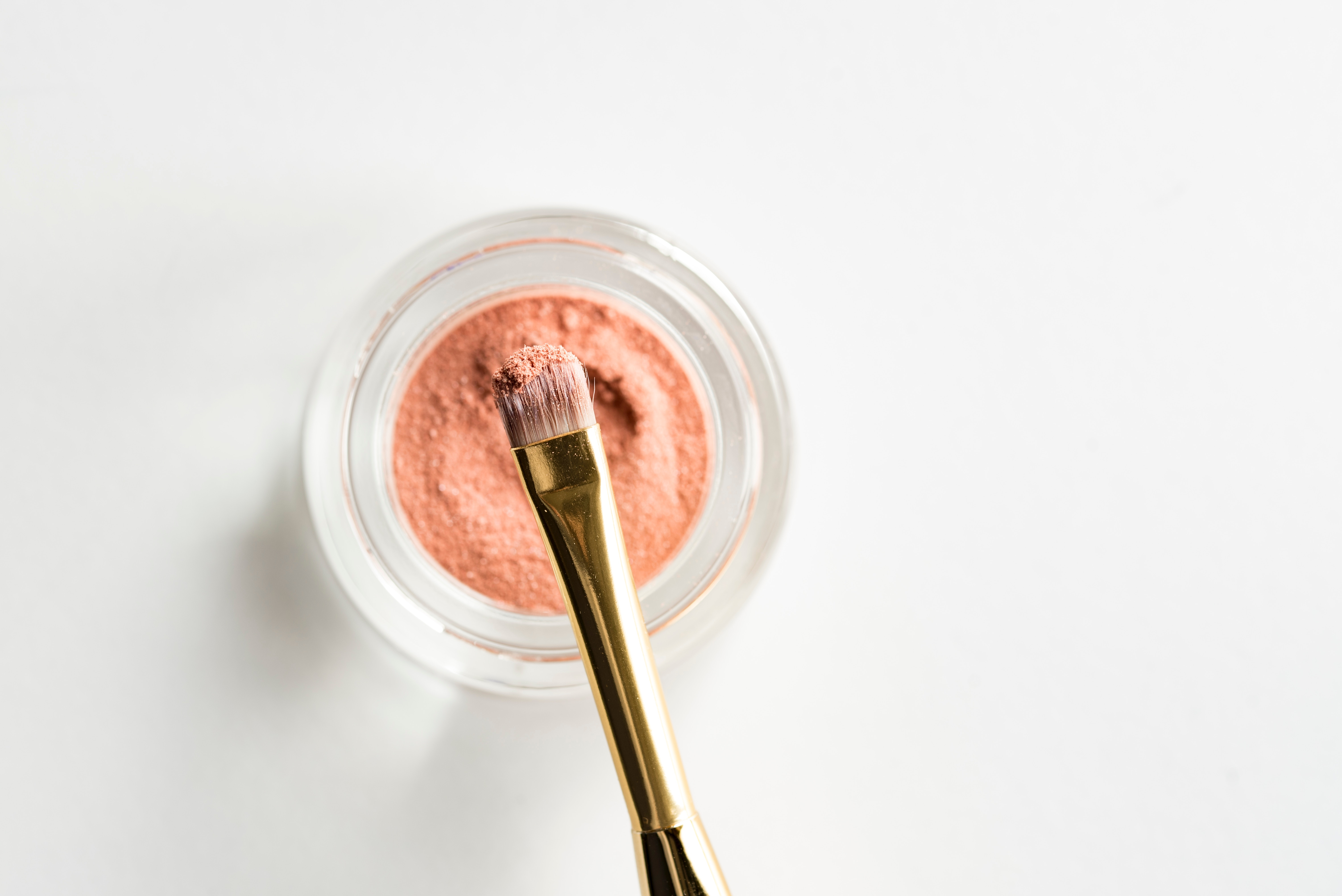 Les Intelloes sont partenaires de BEAUT'IPAG, salon de beauté éphémère pour lutter contre le cancer du sein