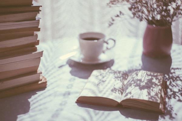 Sélection littéraire de mai : cinq essais féministes à lire pour mieux comprendre les luttes