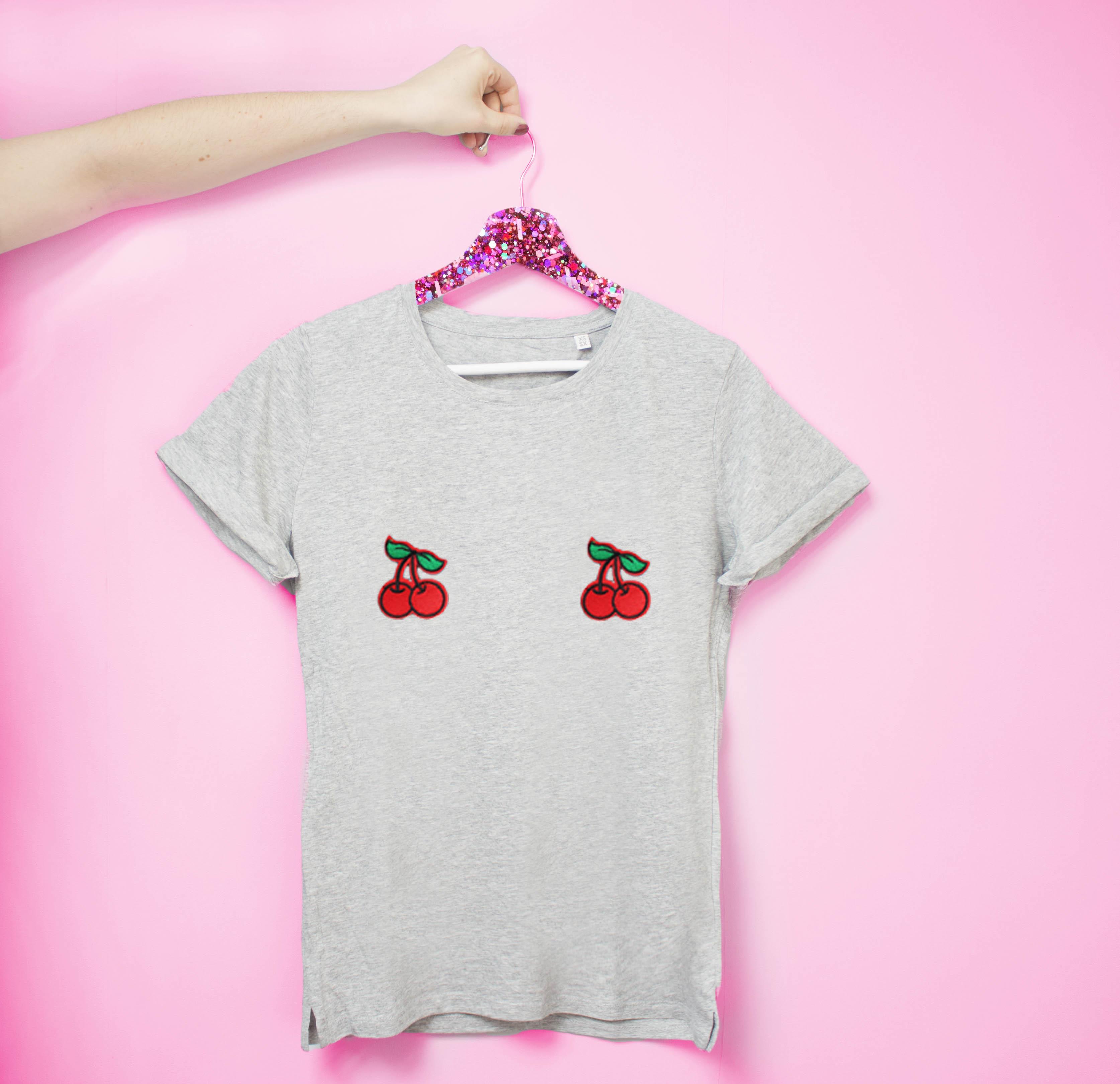 """Tee-shirts de la marque """"Tits Up"""""""